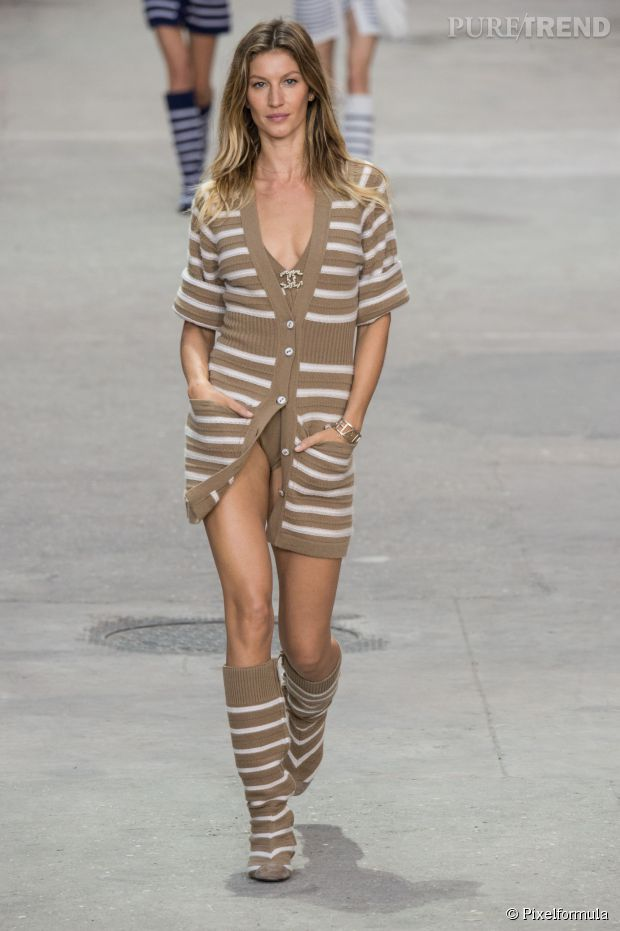 gisele bundchen chanel-leafromparis